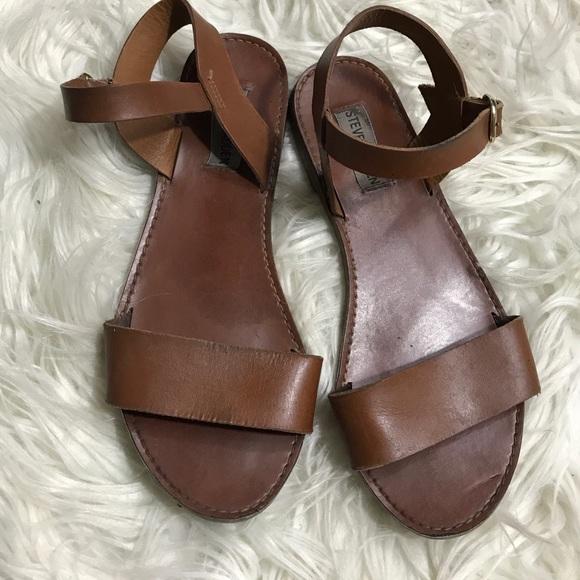 3d523efa05a0 Steve Madden Brown Flat Sandals Ankle Strap. M 5b2315ee951996de182c3947